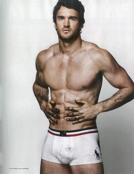 thom evans attitude photoshoot and cover (1)