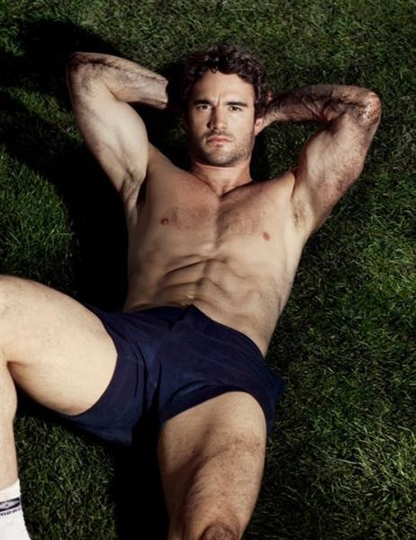 thom evans attitude photoshoot and cover (2)