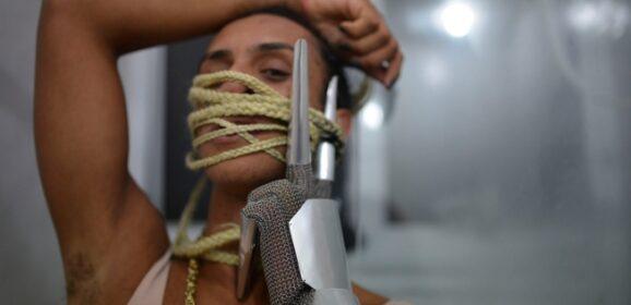 'Bixa Travesty', documentário sobre Linn da Quebrada, ganha data de estreia no Brasil